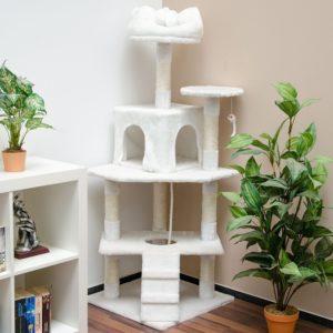 arbre à chat blanc